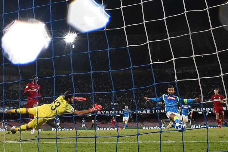 """אינסינייה כובש נגד ליברפול. """"רוצה לתת הופעה טובה גם מבחינה אישית"""" (FILIPPO MONTEFORTE/AFP/Getty Images)"""