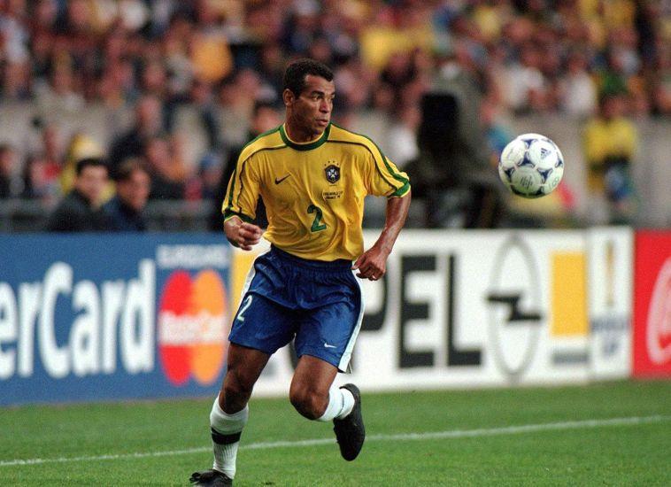 קאפו במדי נבחרת ברזיל. היחיד שהופיע בשלושה גמרי מונדיאל רצופים (Alexander Hassenstein/Bongarts/Getty Images)