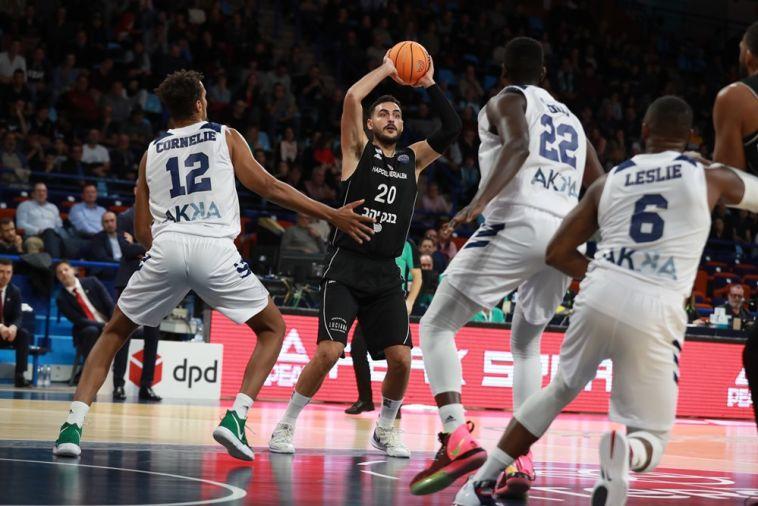 עידן זלמנסון. היה מהטובים במחצית הראשונה (אתר FIBA)