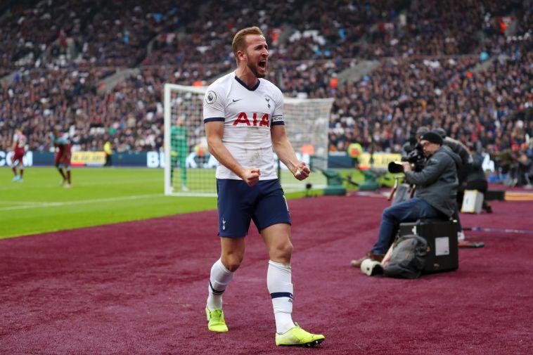 חלוץ נבחרת אנגליה הקפיץ את קבוצתו למקום החמישי (Catherine Ivill/Getty Images)