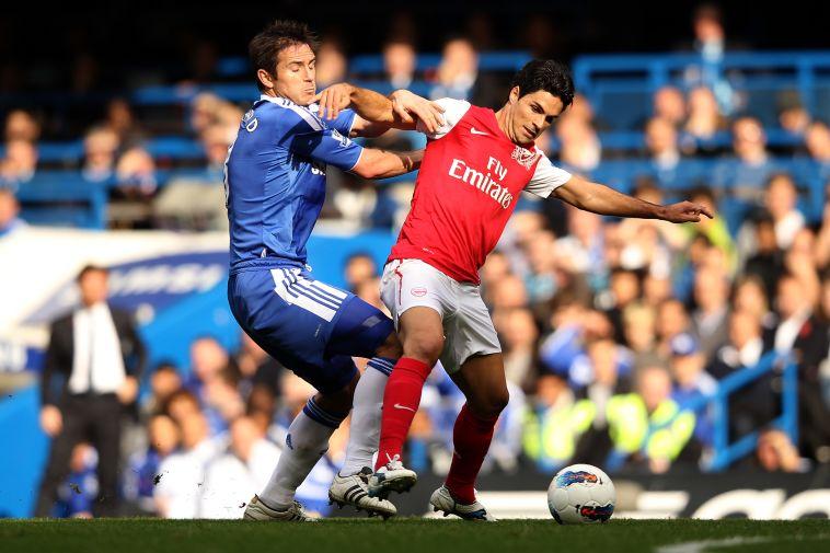 ארטטה מול למפארד בימיהם כשחקנים. מי ייצא מנצח מהמפגש הראשון על הקווים? (Ian Walton/Getty Images)