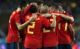 שחקני ספרד חוגגים