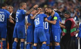 שחקני נבחרת איטליה חוגגים